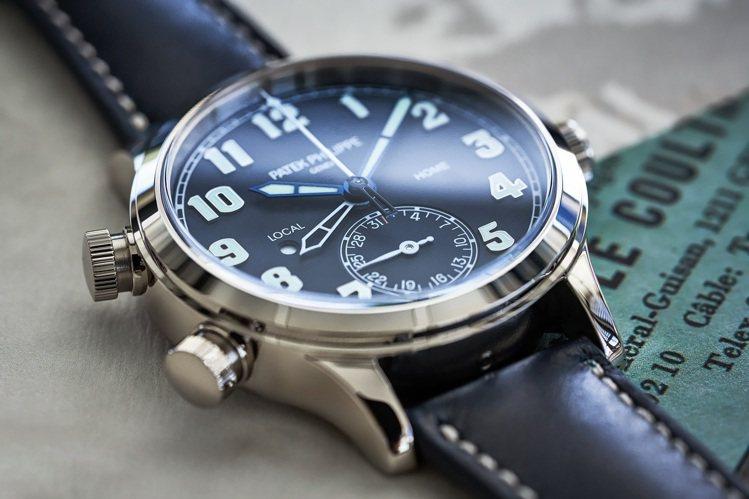 發表全新7234G-001、Calatrava飛行員兩地時間腕表,37.5毫米的...