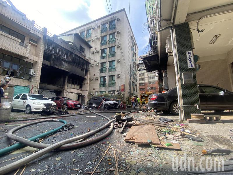 爆炸發生在龍井區新興路59巷11號,陳姓屋主一家三口都喪生火海。記者趙容萱/攝影