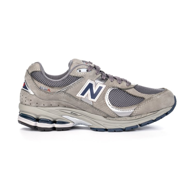 New Balance ML2002RA鞋4,680元。圖/New Balanc...