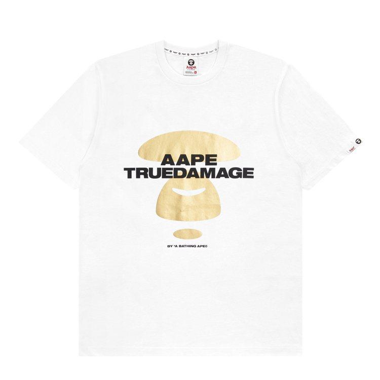 AAPE BY *A BATHING APE與英雄聯盟合作系列T恤2,399元。...