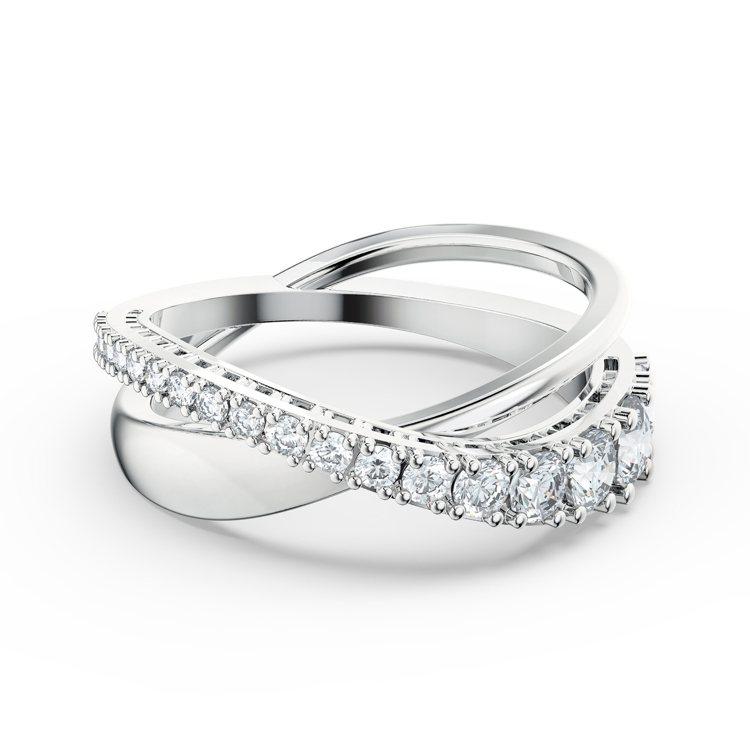 SWAROVSKI Twist戒指,4,490元。圖/施華洛世奇提供