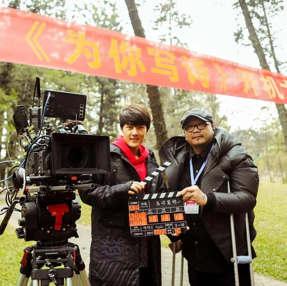 導演李豐博(右)與吳克群交情極好。圖/摘自吳克群臉書