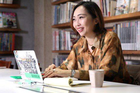 江家華在2019年以自由工作者的接案身分,憑藉《FOUNTAIN 新活水》獲得金...