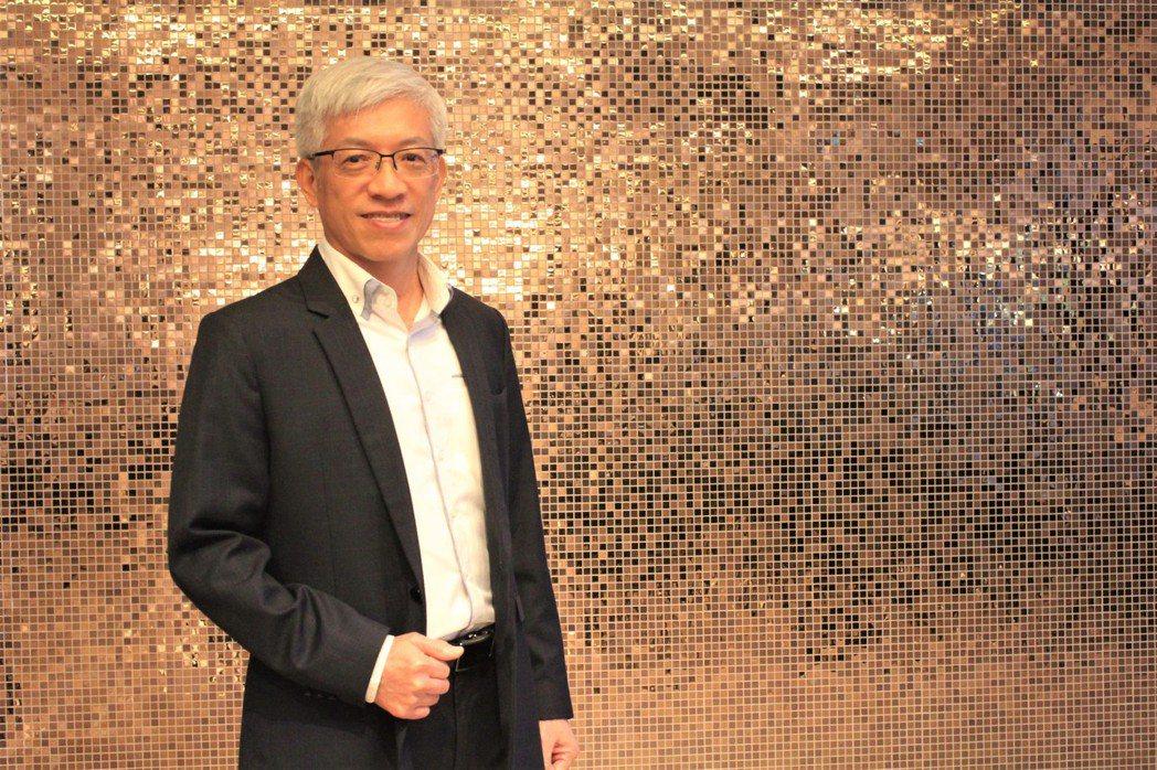 台灣養生建築協會理事長楊織宇分享什麼是具有未來性的建築,能增值又健康。 李憶伶/...