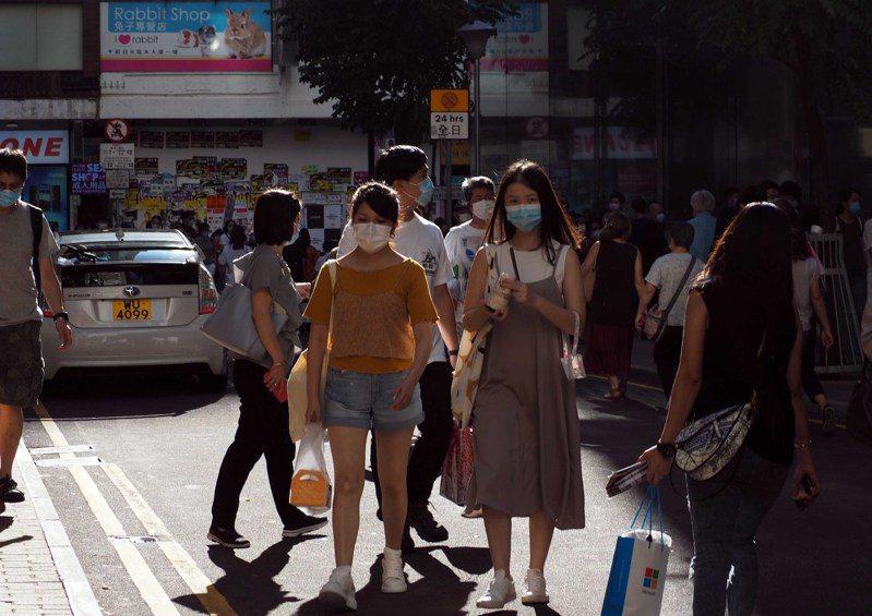 港單日增23例,「旅遊氣泡」或限活動範圍。 香港中國通訊社