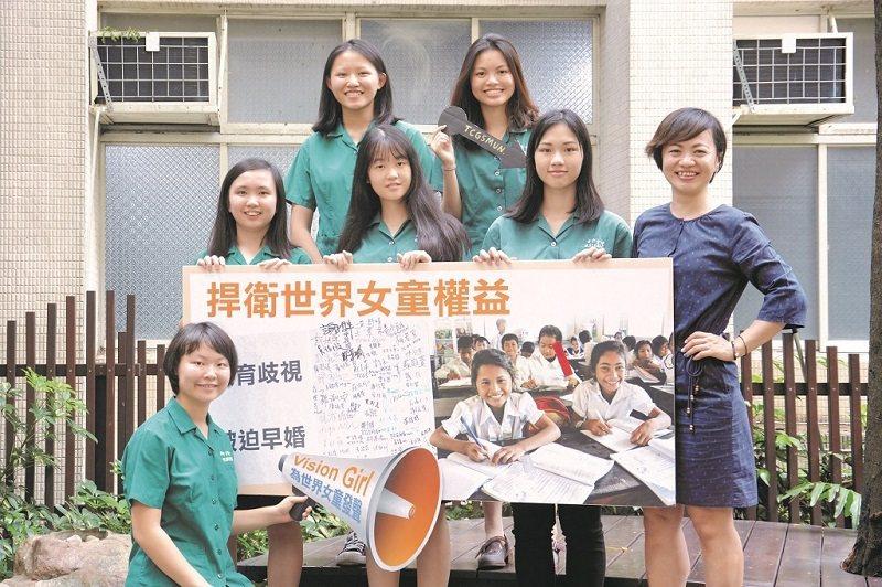 中女模聯透過研究國際議題,讓社員學會批判性思考與英語表達。(攝影/謝維容)