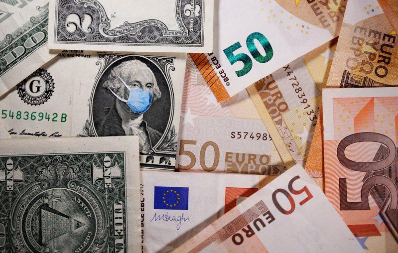 西班牙從歐盟收到新冠肺炎紓困金1400億歐元之後,煩惱如何花掉這些錢。(路透)