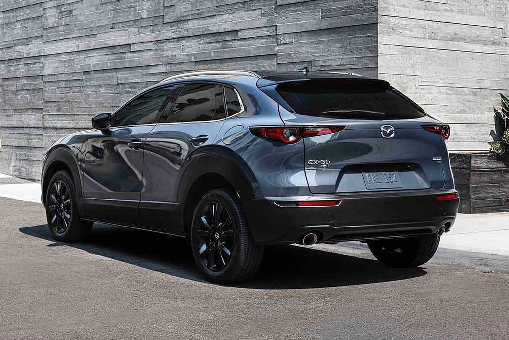 Mazda CX-30 Turbo車型透過些許改變來增加識別度,如18吋黑色輪框...