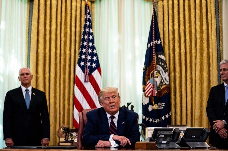 這份協議名為「經濟正常化」,卻充滿濃濃的政治味。除了美國,塞科兩國都非贏家。 圖/歐新社
