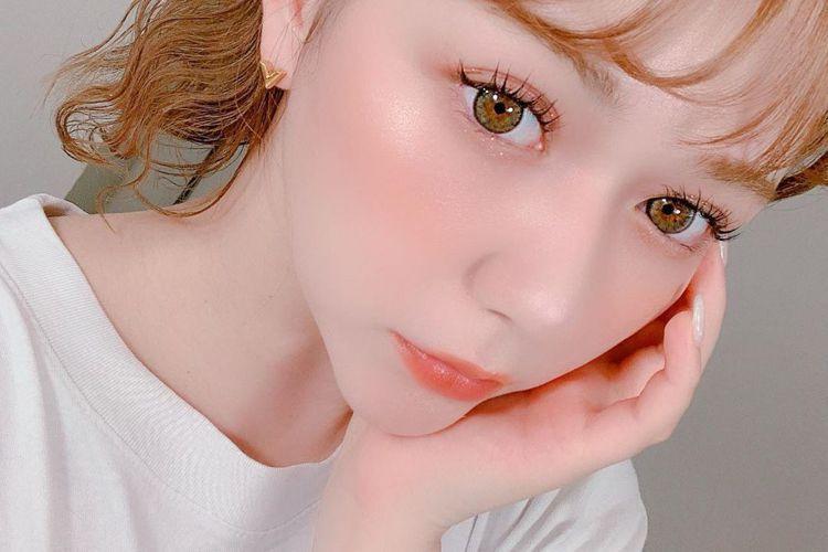 日媒Oricon News報導,經紀公司表示,日本偶像團體HKT48成員、22歲日俄混血美女村重杏奈,確診感染2019冠狀病毒疾病(COVID-19,俗稱新冠肺炎),目前已隔離接受治療。村重所屬的經...