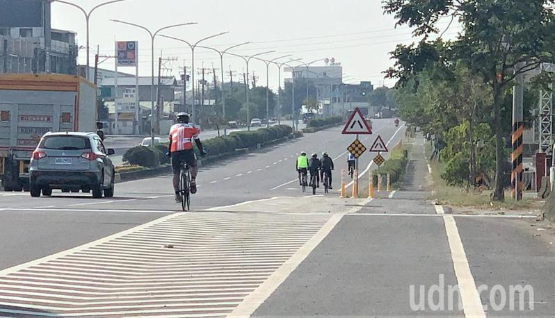 腳踏車意外故事目前以汽機車未禮讓居多。記者吳淑玲/攝影