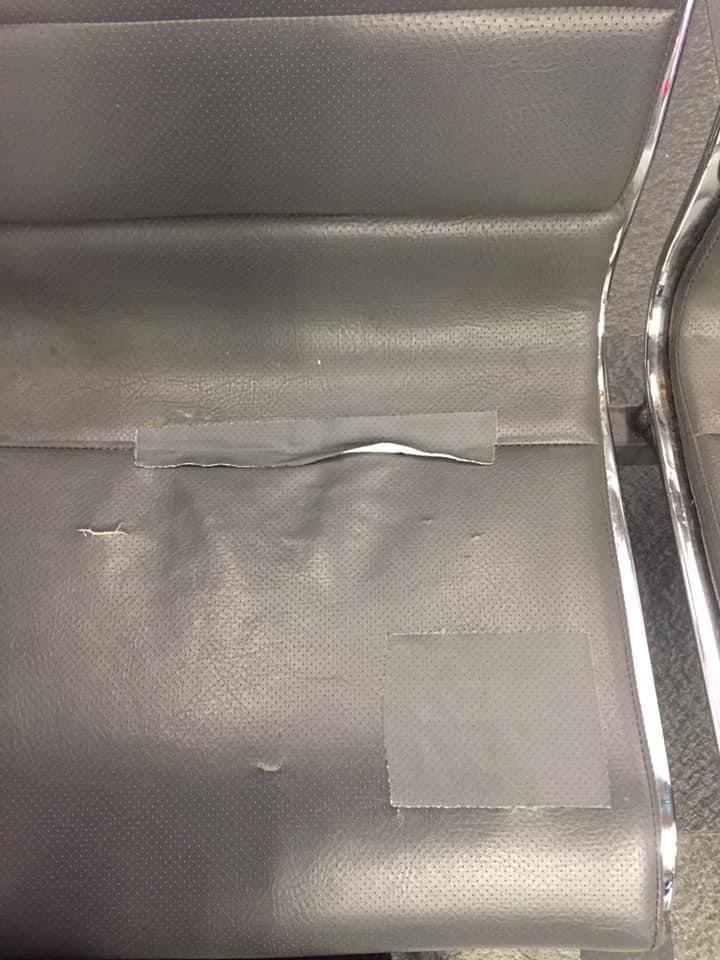 作家苦苓在臉書上評論高鐵台北站座椅。圖/取自苦苓臉書