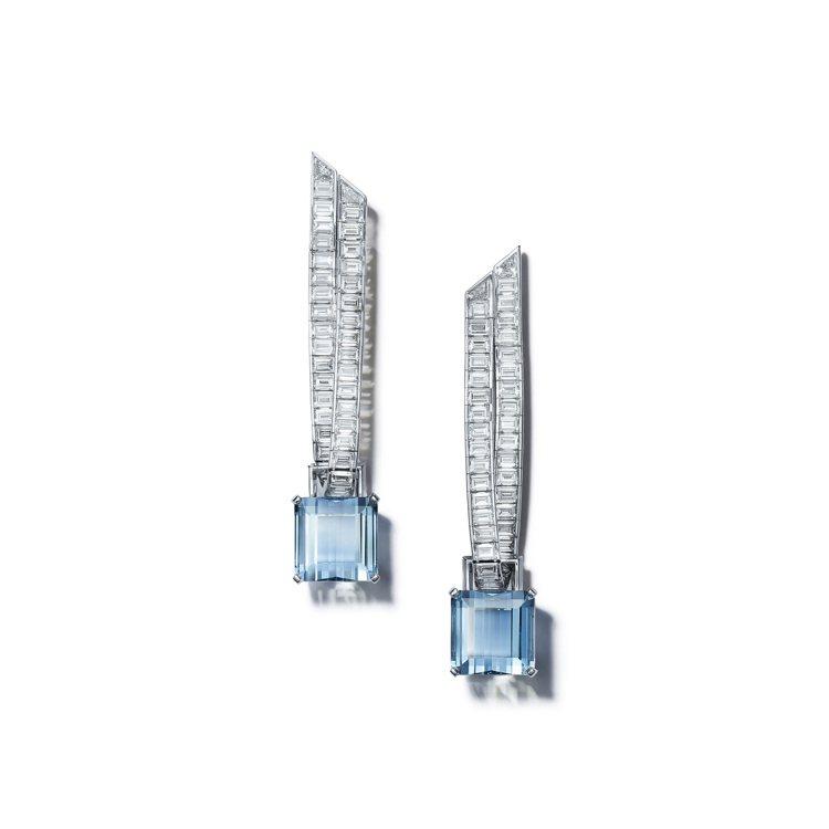 Tiffany Jewel Box高級珠寶系列Ribbon鉑金耳環,鑲嵌總重超過...