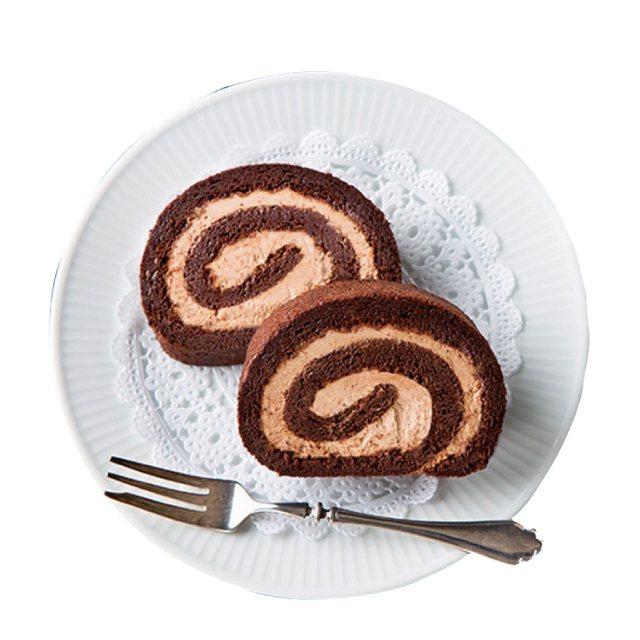 北海道函館菓子工坊巧克力生乳捲490元。圖/新光三越提供