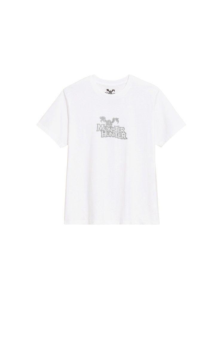 GU《魔物獵人》聯名系列T恤290元。圖/GU提供