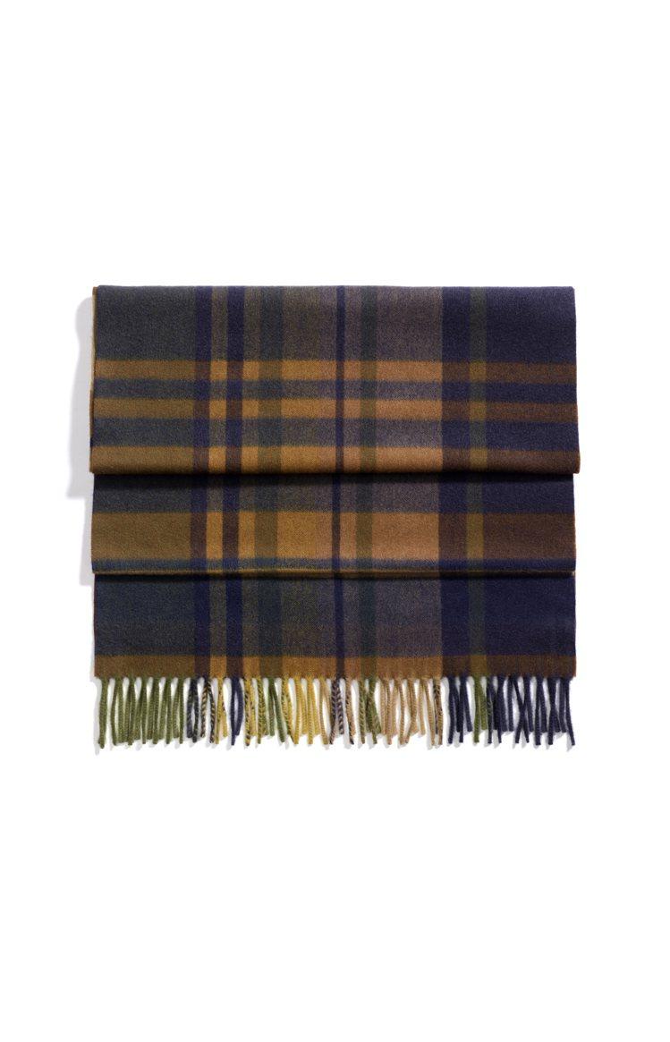 Royal College深色喀什米爾圍巾,39,700元。圖/Loro Pia...