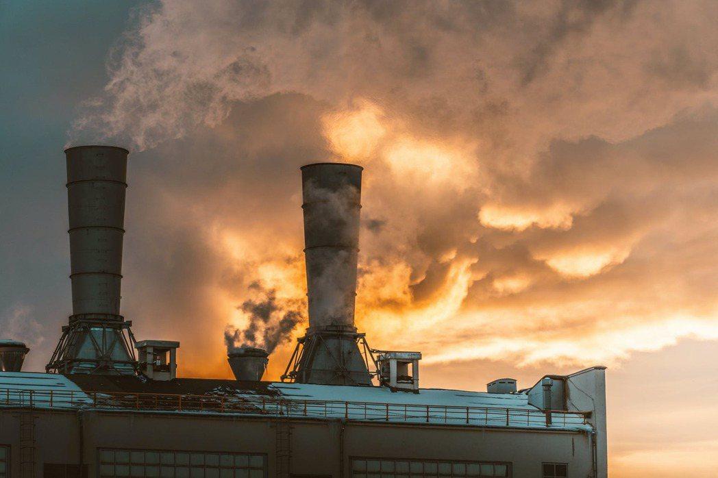 為降低溫室氣體排放量,歐盟等其他國家近年都陸續推動碳交易制度。 圖/pexe...