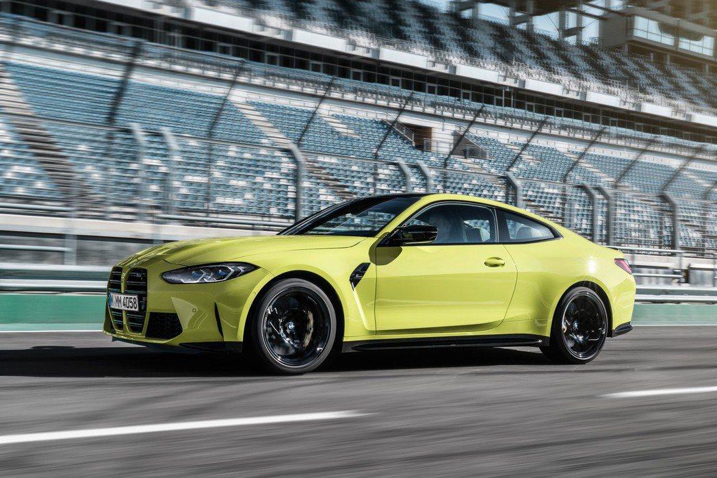 原廠表示M3/M4一般版本將提供手排+後驅設定,保有最初的操駕樂趣。 摘自BMW