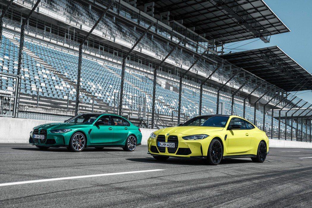 BMW M3 Sedan(左),BMW M4 Coupe(右)。 摘自BMW