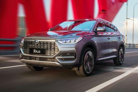 中國比亞迪推出純燃油SUV宋PLUS!僅需50萬即可擁有