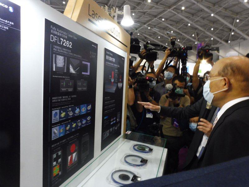 蘇貞昌今出席國際半導體展,會前接受時事問答。記者賴于榛/攝影