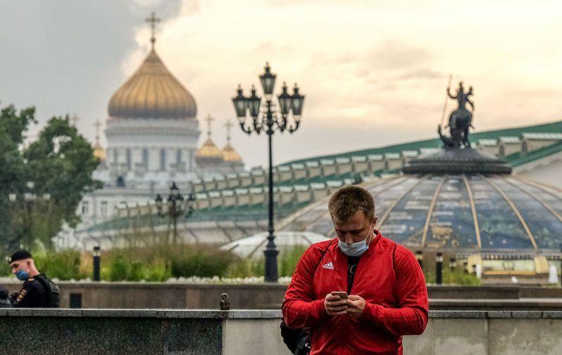 俄羅斯通報,過去24小時境內新增6431人確診新冠肺炎,創7月13日以來單日新高紀錄。圖/法新社