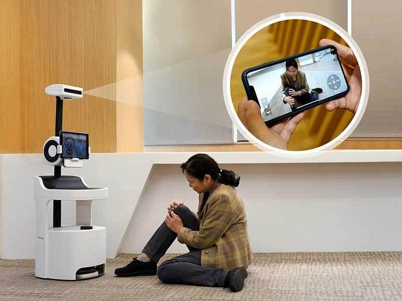 陪伴機器人可以全方位紀錄及照看獨居者生活,不需要任何穿戴式裝置,就能利用影像辨識、聲音感測,主動尋求緊急醫療服務。圖/工研院提供