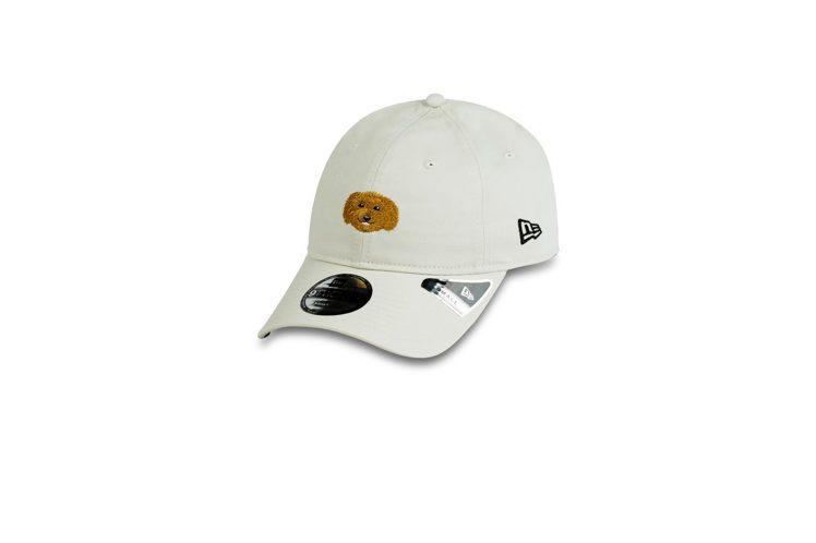 New Era推出全新限定「汪大頭」系列帽款1,380元。圖/New Era提供