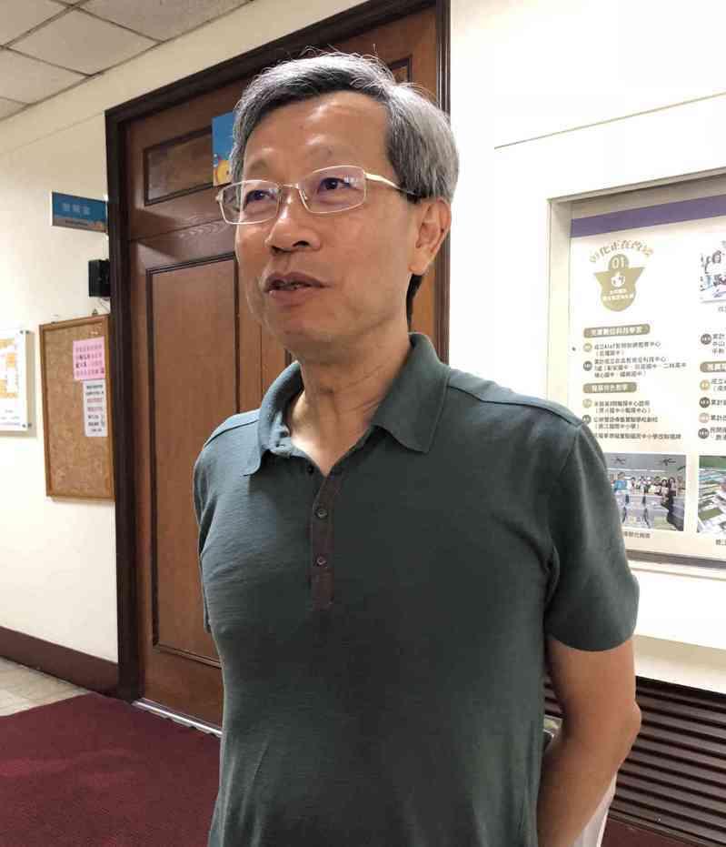 彰化縣衛生局對無症狀居家檢疫少年執行採檢案,讓衛生局長葉彥伯紛擾不斷。圖/聯合報系資料照片