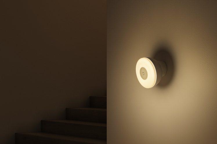 米家感應夜燈2藍牙版建議售價295元,於9月28日起在小米商城mi.com、小米...