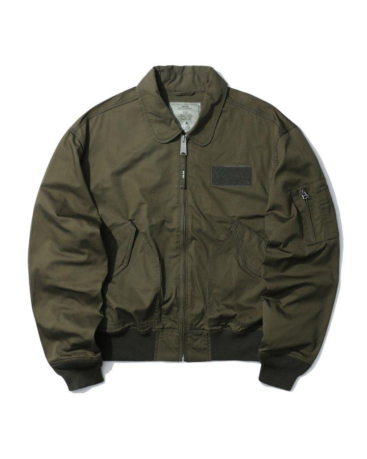 :CHOCOOLATE SURPLUS LINE系列飛行員夾克4,599元。圖/...