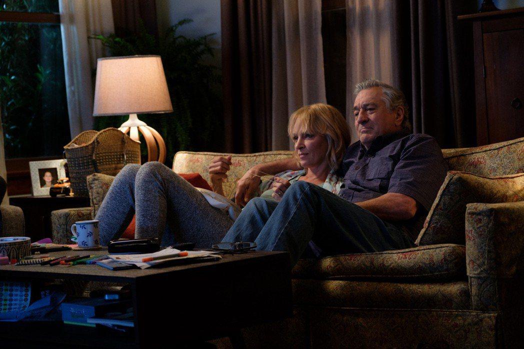 勞勃狄尼洛與鄔瑪舒嫚再度合作,竟然改扮父女。圖/甲上提供