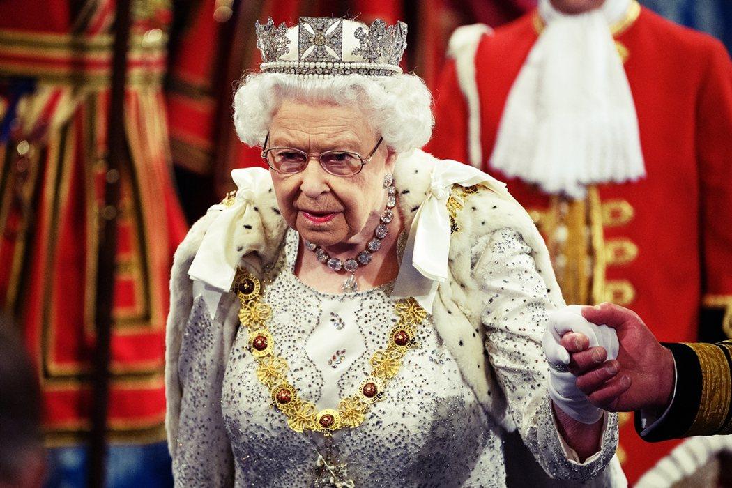 本回涉入美國大選投票宣傳,王室方面罕見地透過權威大報,放出「震怒不可接受」的決裂...