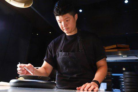 林恬耀期待能透過自己,讓更多台灣食客認識新加坡料理。記者陳立凱/攝影