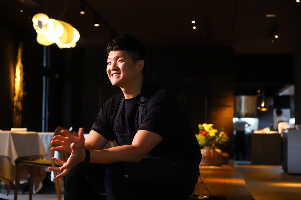 林恬耀希望JL Studio的環境能讓客人在用餐時感到放鬆。記者陳立凱/攝影