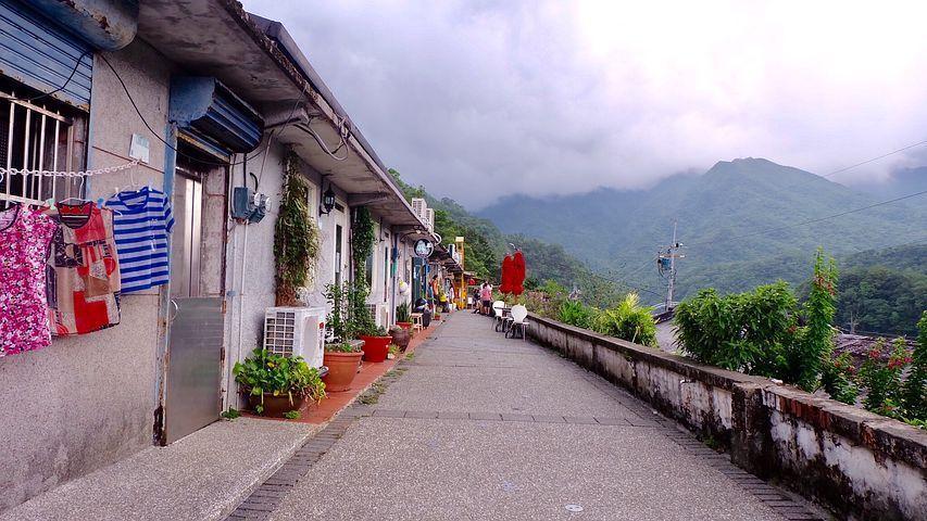 港人口中的台灣是實現慢活與綠色運動的天堂,充滿生活中的「小確幸」。一旦厭倦了台北...
