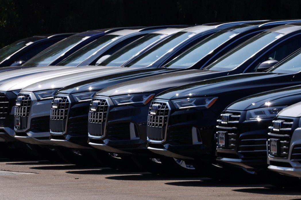 美國加州將自2035年起禁售新出廠汽油車。 (路透)