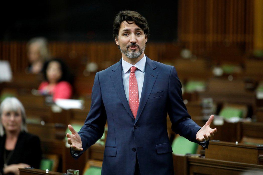 加拿大總理杜魯多(見圖)23日發表演說,提出重建全國經濟的計畫,試圖扭轉新冠病毒...