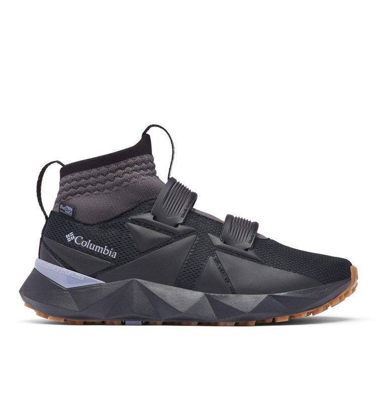 Columbia 45度FACET防水健走鞋7,280元。圖/Columbia提...