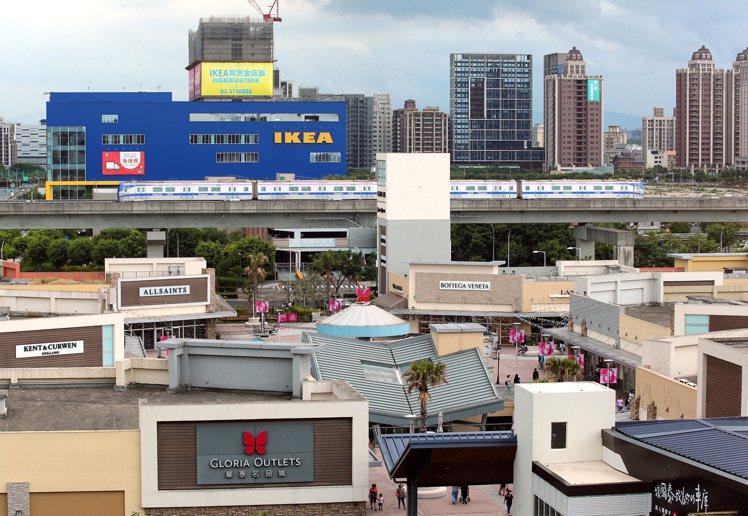 桃園青埔高鐵特區自近年因為交通建設及生活機能陸續到位,近一年移入人口增加1至2成...