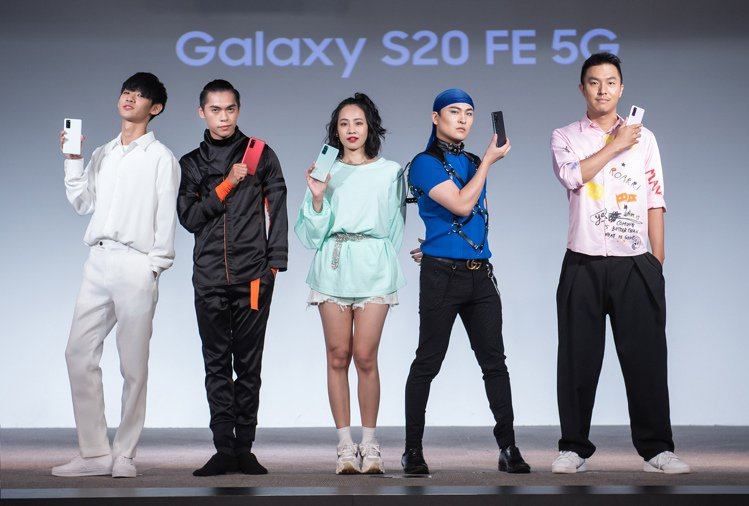 Samsung Galaxy S20 FE 5G輕旗艦手機發表,請來青春世代KO...