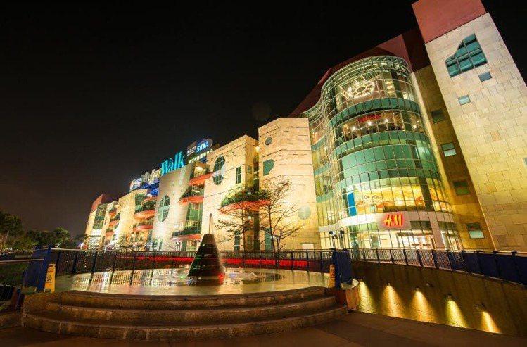 2001年開幕的大江購物中心是青埔在地元老。圖/大江購物中心提供