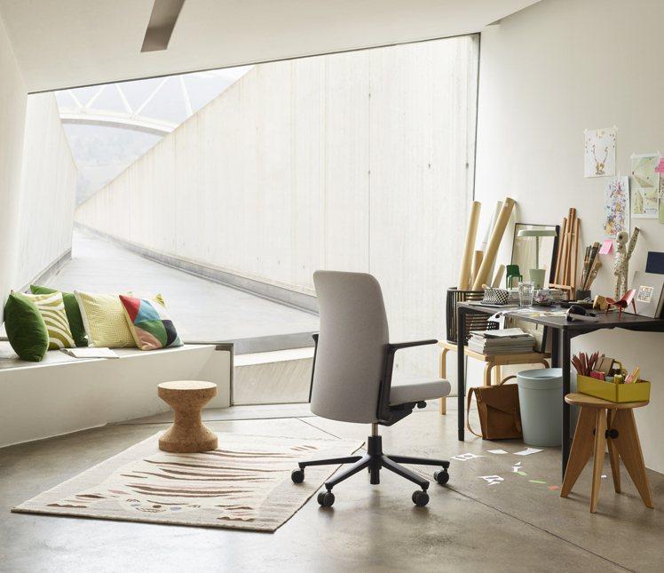 瑞士家具品牌Vitra-Pacific Chair太平洋辦公椅。圖/MOT提供