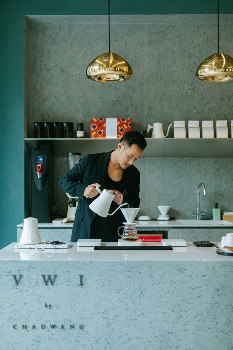 台中的明日選品MOT SELECT,有世界冠軍咖啡師王策的品牌VWI by CH...