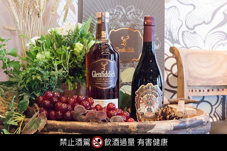 「格蘭菲迪台灣精神第二號作品」第一款「黑后」,限量 280 瓶。圖/格蘭菲迪提供。提醒您:禁止酒駕 飲酒過量有礙健康。