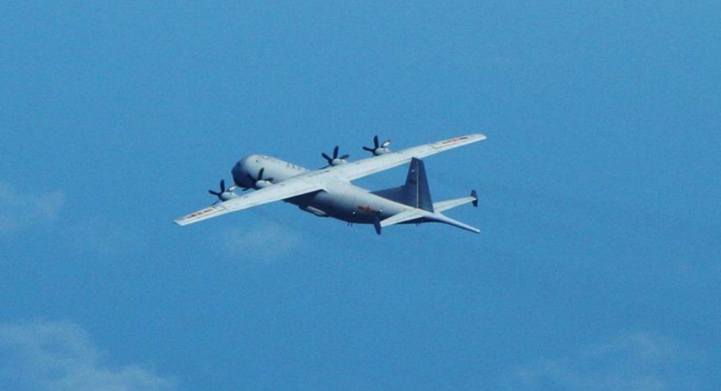 共軍八天內七度擾台,空軍司令部今晚表示,一架共軍運八反潛機今天進入我西南防空識別...