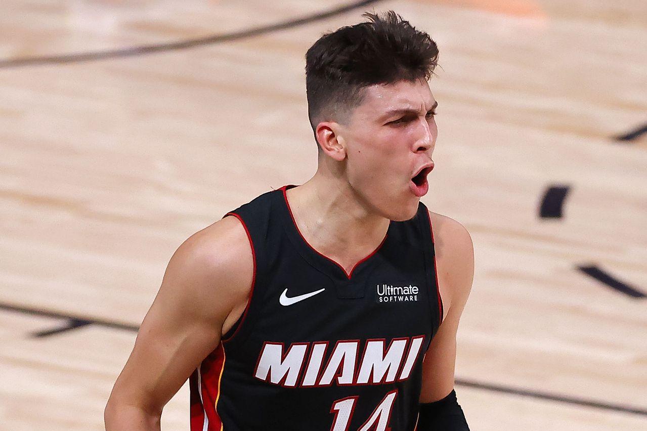 NBA/20歲菜鳥 赫洛狂飆37分比肩魔術強森