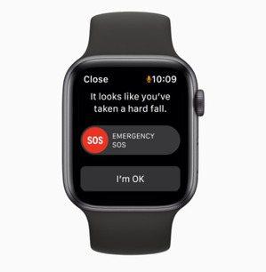 除了跌倒偵測,「SOS緊急服務」功能只要按一下按鈕,即可快速撥打電話向緊急服務尋...