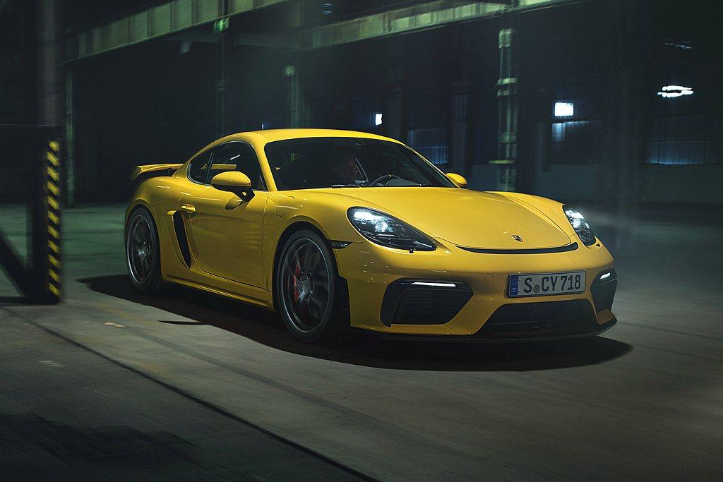 保時捷雙離合器變速箱現開放配置於718旗艦車型。 圖/Porsche提供