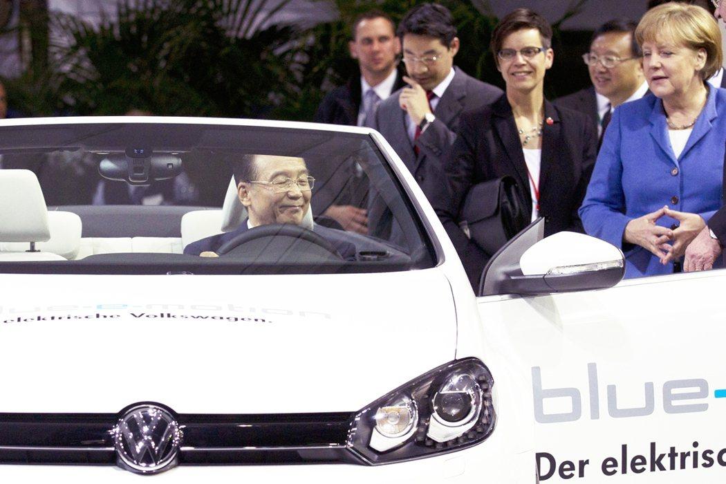 2020年9月,德國汽車巨頭的福斯(Volkswagen)才剛宣布,將積極進攻中...